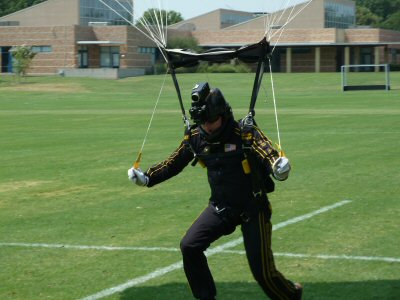 perfect landing Army Golden Knights
