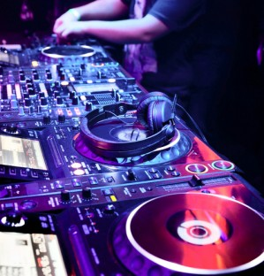 DJ Nightclub