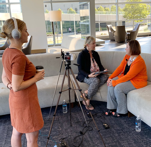 uncategorized-Sue and Amanda - #CMWorld 2019 Recap: Top Insights & TopRank Marketing's Favorite Moments